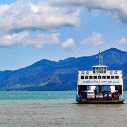 Veerboot van Trat naar Koh Chang