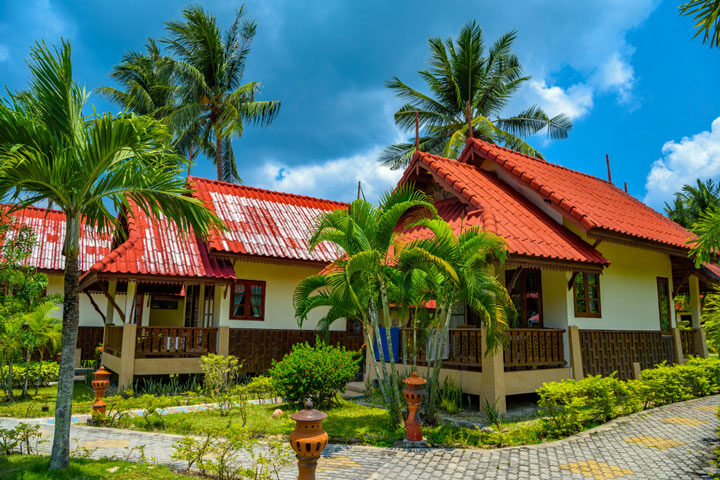 Haad-Yao-beach-Koh-Phangan
