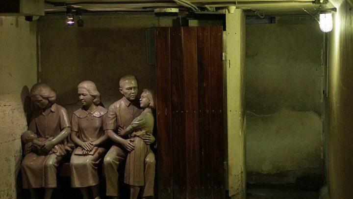 Bunker/schuilkelder Dusit Zoo