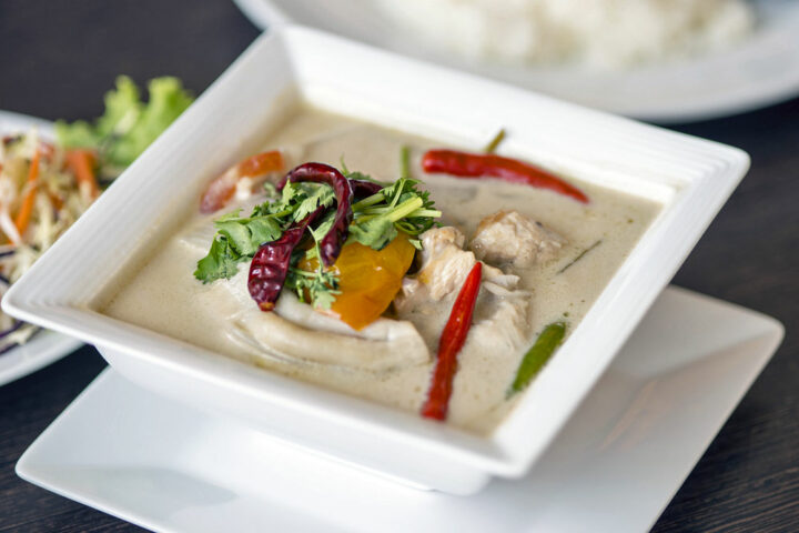 Makanan Thailand Yang Harus Anda Coba