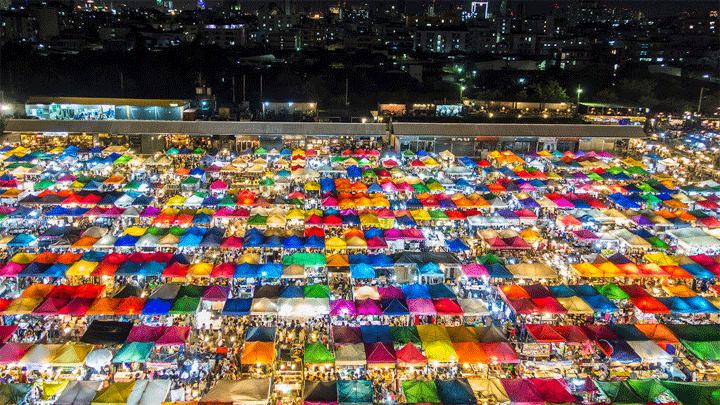 Ratchada Train Market. Een van de leukste avondmarkten van Bangkok