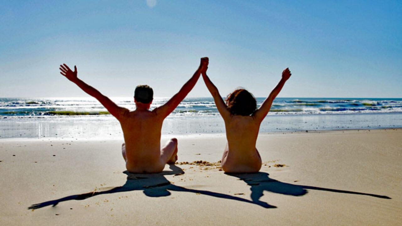 Swinger nudisten Swinger beach