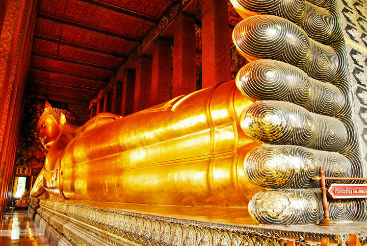 Wat Pho Bangkok - Temple of The Reclining Buddha